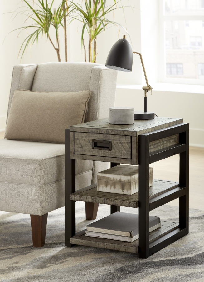 Grayson Chairside Table